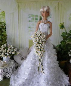Tonner Evangeline Ghastly  Ellowyne  Cami BJD WHITE Bouquet, Flowers, NEW!!