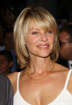 """Photo by: Peter Kramer STAR MAX, Inc. - copyright 2002. 6/17/02 Kate Capshaw at the premiere of """"Minority Report"""". (NYC)"""