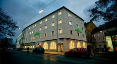 Hotel Feichtinger Graz Graz Hotel Feichtinger is located in the centre of Graz, only a 5-minute walk away from Graz Art Museum and the historic old town. WiFi access is available free of charge.