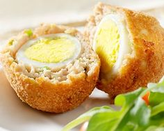 Scotch eggs recipe:     4 soft-boiled eggs     30 g butter     1 leeks     2 cloves garlic     1 pinches ground mace     1 large shallot     500 g pork sausage meat     1 bunches parsley, finely chopped     2 eggs     1 pinches black pepper     150 g plain flour     200 g panko Japanese breadcrumbs