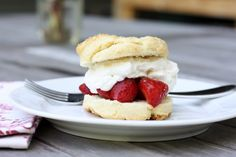 Easy Strawberry Shortcakes with Whipped Cream