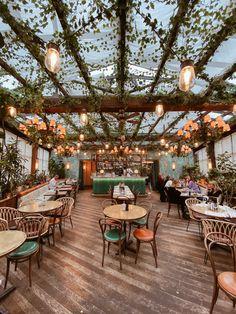 The Ultimate Paris Cityguide - Laura Herz Outdoor Restaurant Design, Architecture Restaurant, Rooftop Restaurant, Modern Restaurant, Restaurant Interior Design, Bakery Shop Interior, Modern Cafe, Restaurant Ideas, Cafe Shop Design