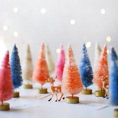 This super sweet, super easy advent calendar makes a lovely festive vignette on a mantle, shelf or sideboard.