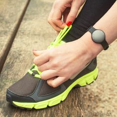 "The Misfit Shine Activity Tracker that comes in black and grey shades has been touted to be the ""world's most stylish physical activity monitor"", where it has been precision-crafted from aerospace grade aluminium and boasts the capability of measuring your walking, running, swimming, cycling and sleep patterns."