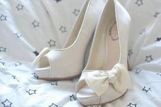 I really like these as bridesmaid shoes, the red dress is pretty simple so the now adds a little touch