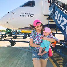 Saiu vídeo novinho ✈️ Primeiro voo de avião com nossa bebe, compartilhei tudinho, medo, alegria e toda nossa experiência, corre pro canal e…