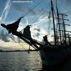 "@klausoppermann's photo: ""#ship #water #travel #wilhelmshaven #sunset #germany #pinstagram #whv #big"""