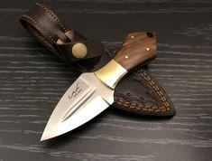 Knife Making Forge, Crystal Sword, Blacksmith Projects, Welding Projects, Metal Welding, Welding Art, Boot Knife, Skinning Knife, Stone Wallpaper