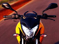 2012 Bajaj Pulsar 200 NS Specs, This is one of the latest model launched by Bajaj is 2012 Baja jPulsar 200 NS.