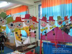 Κλόουν μεγάλοι, κλόουν μικροί, κλόουν αγαπητοί Clown Crafts, Jelsa, Creative, Outdoor Decor, Clowns, Home Decor, Ideas, School, Manualidades