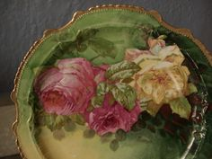 pinkcobweb:    antique rose plate Looks a lot like my mother's RS Prussia