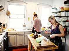 Morris Kitchen - bright and happy. from Jennifer Causey's The Maker's Project.