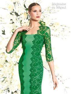 Alejandro de Miguel | Vestido Largo – mod. 827 Lace Evening Dresses, 50s Dresses, Elegant Dresses, Beautiful Dresses, Short Dresses, Fashion Dresses, Dresses For Work, Dress Brukat, English Dress