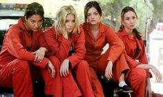 Need to know about Pretty Little Liars episodes? Get the latest news, videos, and cast pictures of Pretty Little Liars at E! Pretty Little Liars Costumes, Preety Little Liars, Pretty Little Liars Seasons, Pretty Little Liars Fashion, Teen Wolf, Lying Game, Spencer Hastings, Spencer Pll, Ashley Benson