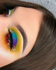 Pinterest @IIIannaIII  #makeup #makeupartist #makeupgoals - credits to the artist #GlitterMaquillaje