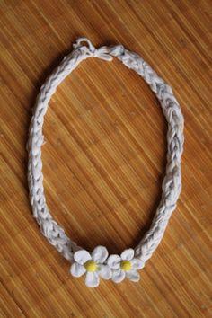 collana di Alice - lavoro a maglia con le dita