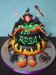 45 Scary Halloween Cakes Ideas For Kids. Abnormal, dreadful, creepy and terrifying, women and honorable man, do you realize would could it be that . Scary Halloween Cakes, Haloween Cakes, Bolo Halloween, Pasteles Halloween, Halloween Birthday Cakes, Funny Birthday Cakes, Special Birthday Cakes, Beautiful Birthday Cakes, Halloween Desserts