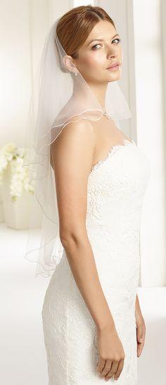 Veil S70 from Bianco Evento #biancoevento #veil #weddingdress #weddingideas #bridetobe