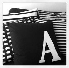 Pillows in black and white.