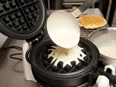 How to Use a Waffle Maker - Waffle Maker Master Waffle Iron Recipes, Belgian Waffles, Hungarian Recipes, Cake Cookies, Food Hacks, Pasta Recipes, Breakfast Recipes, Food And Drink, Sweets