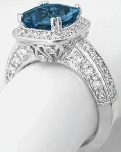Angara Trellis Set Three Stone Princess Blue Diamond Ring(4.1mm) 9nEiuKznp