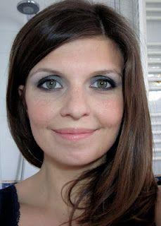 yeux verts avec rouge maquillage pinterest recherche. Black Bedroom Furniture Sets. Home Design Ideas
