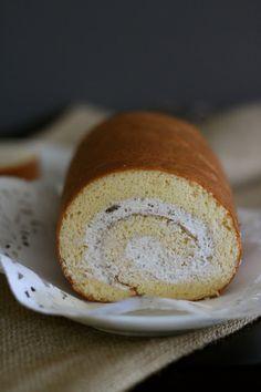 Jane's Corner: 栗蓉小山卷 (Japanese cake Roll with Chestnut Filling)