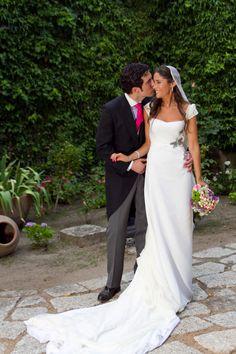 LA BODA DE ALMUDENA DE NACHO AGUAYO   http://www.queridavalentina.es/2014/04/01/la-boda-de-almudena-2/