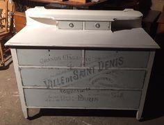 Vintage dresser , french graphics x