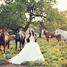 Love this! i want a picture like this sooo bad at my wedding !!!:)