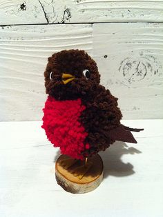 Robin Pom Pom Bird sculpture for tweens pom crafts crafts crafts Easter Crafts For Kids, Craft Stick Crafts, Yarn Crafts, Diy And Crafts, Christmas Crafts, Preschool Crafts, Craft Ideas, Pom Pom Wreath, Pom Poms