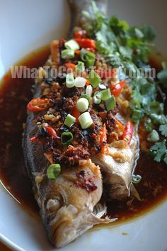 Discover what are Chinese Seafood Food Preparation Steamed Whole Fish Recipe, Chinese Steamed Fish, Chinese Food, Chinese Whole Fish Recipe, Steamed Food, Recipes Using Fish, Whole Fish Recipes, Shellfish Recipes, Seafood Recipes
