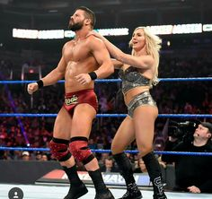 wwe Arriving in style is always a must when you're the Queen and the Glorious One! Charlotte Flair Wwe, Wwe Raw And Smackdown, Catch, Mixed Wrestling, Wwe Girls, Ric Flair, Wwe Wallpapers, Raw Women's Champion, Lucha Libre