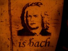 #music #graffiti #bach #musicgraffiti Music Graffiti, Creative Art, Print Patterns, Street Art, In This Moment, Prints, Life, Humor, Creative Artwork