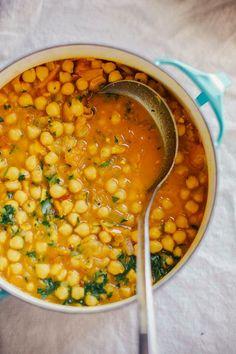 golden chana masala //  vegan gluten-free dinner, perfect for a cold winter night