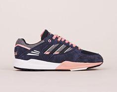 Adidas - Tech Super EF W