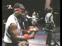 Bruce Springsteen - Twist and Shout / Do You Love Me -   Live 1984 - My morning Bruce Juice - Listen to this and you'll be smiling and your foot will be tapping