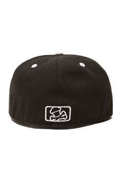 This Johnny Cupcakes hat is a New Era fitted. Johnny Cupcakes 1bba9d5bcc86