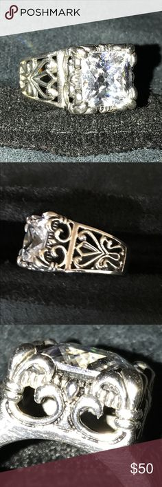 Sterling Silver (.925) Ring With Crystal Stone Sterling Silver ring (.925) with intricate details etched throughout; ring has square top design with crystal stone.  Size 6-7 Silpada Silpada Jewelry Rings