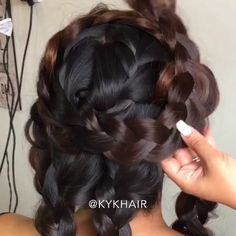 Braided halo by @kykhair ❤️ ⠀⠀⠀⠀⇰Tag a friend also ⠀⠀⠀Follow Neal Fine.hair ⠀⠀Follow Neal Fine.hair ⠀Follow Neal Fine.hair Follow Neal Fine.hair ⠀ #hair #love #hairstyle #instahair #hairstyles #haircolour #haircolor #hairdye #hairdo #diyvideo #tutorial #braid #fashion #balayage #diy #longhair #style #video #curly #black #brown #blonde #brunette #hairoftheday #hairvideos #hairvideo #hairtutorial #hairfashion #hairofinstagram #coolhair