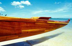 usa202_outrigger_canoe.jpg (1000×644)