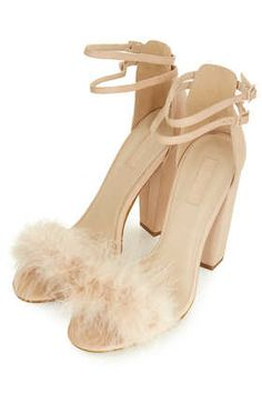 RUFFLE Feather Sandals - even in nude oh my god!!!