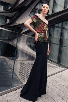 Naeem Khan Spring 2021 Ready-to-Wear Collection - Vogue Naeem Khan, Vogue Fashion, Fashion News, Fashion Show, Fashion Trends, Fashion Spring, Fashion Women, Fashion Inspiration, Vogue Paris