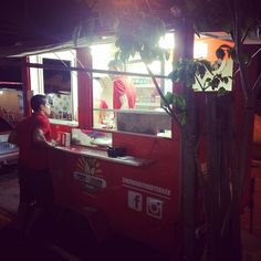 Chegou a hora! Já estamos esperando vcs... Hj é dia de comer Shawarma!  #ipsep #foodtrailer #comidaarabe #shawarma #comidaderua #comidasobrerodas #kebab #foodtruck by chefarabefoodtrailer