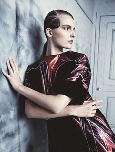 Publication: Elle Sweden February 2014 Model: Tilda Lindstam Photographer: Benjamin Vnuk Fashion Editor: Lisa Lindqwister Hair: Ali Pirzadeh Make-up: Ignacio Alonso