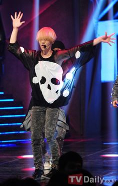 Kpop Fashion | 2012 SHINee Sherlock Comeback: Key
