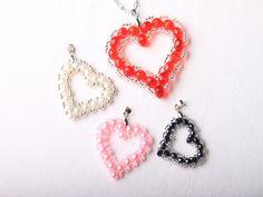 Návod na valentýnské srdce z korálků - 38 Valentine Heart, Valentines, Beaded Earrings, Crochet Earrings, Pony Bead Crafts, Pony Beads, Diy, How To Make, Jewelry
