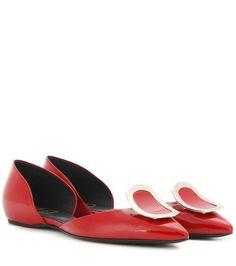 ROGER VIVIER Chips Patent Leather Ballerinas. #rogervivier #shoes #flats