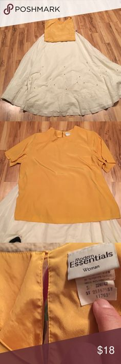 Ladies slip on blouse Ladies dressy blouse with button closure on back see photo in excellent condition Tops Blouses