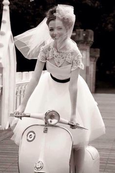 Wedding in Vespa